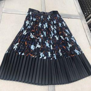 Plisse skirt